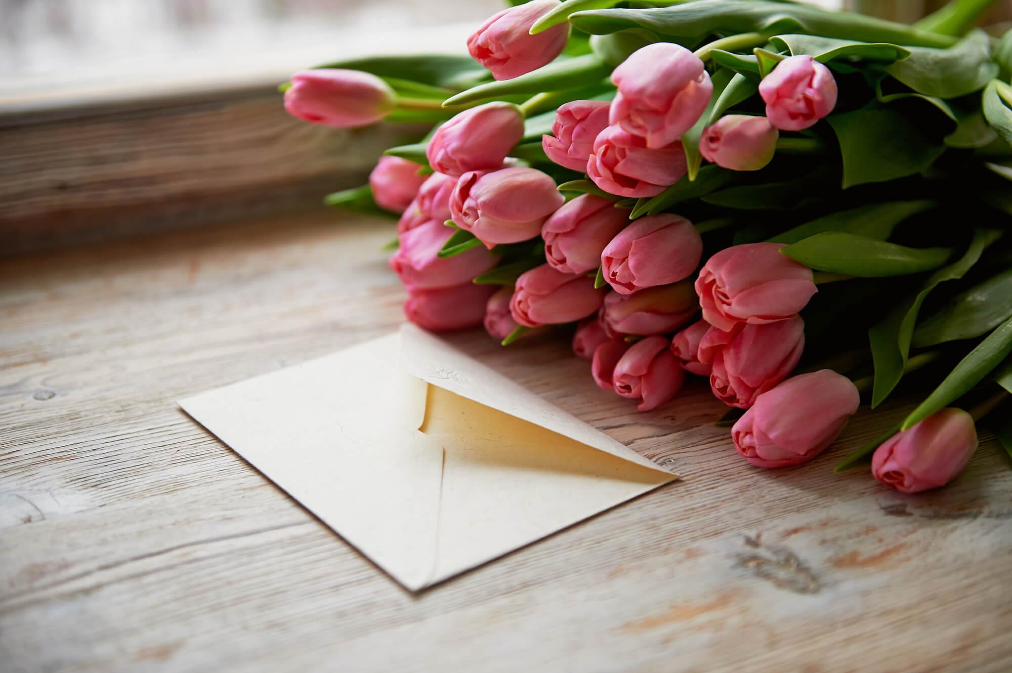 花言葉に想いをのせて。告白にぴったりな誕生花はこれ!