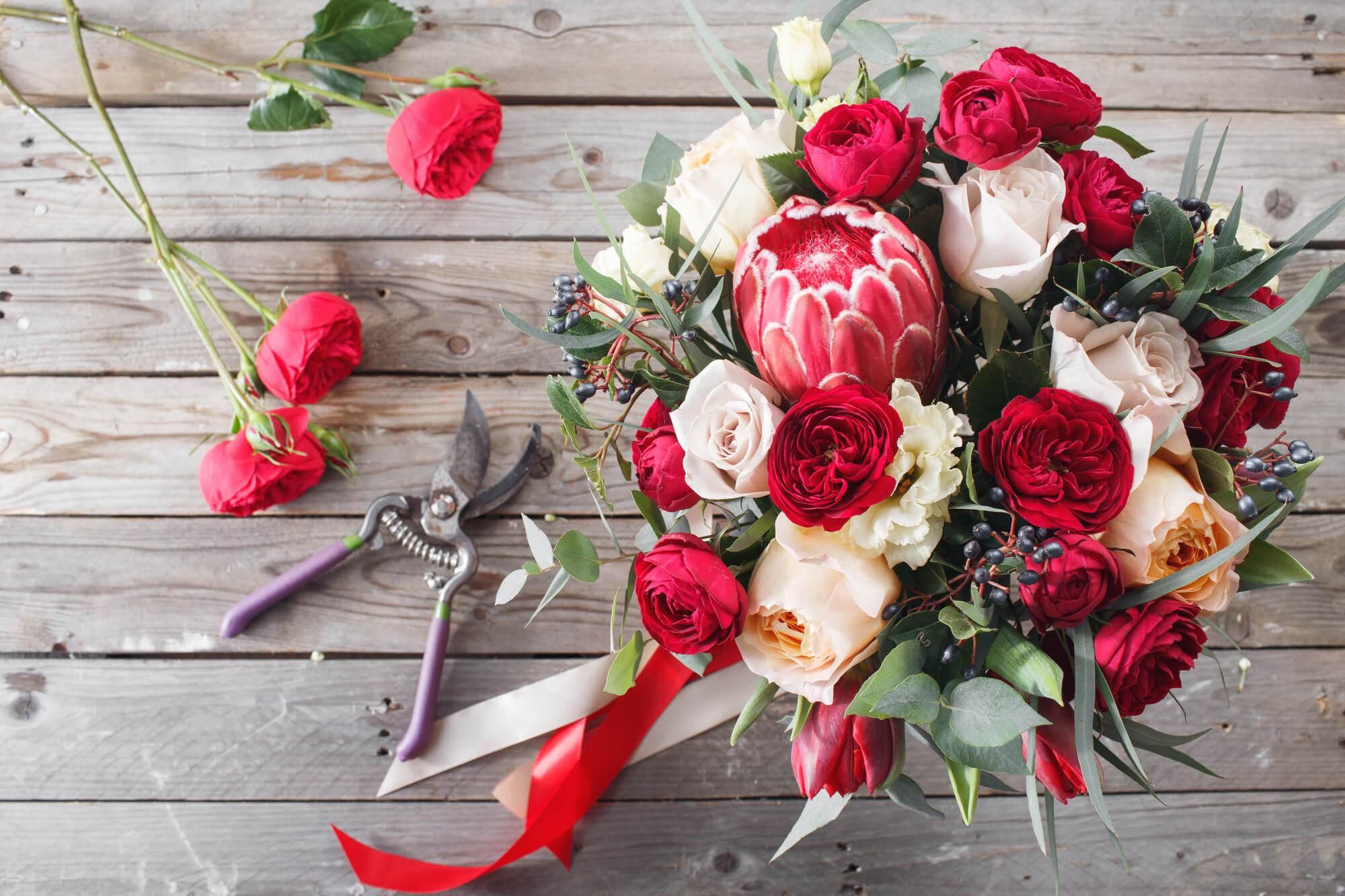 それぞれの誕生花と相性のよい花は?