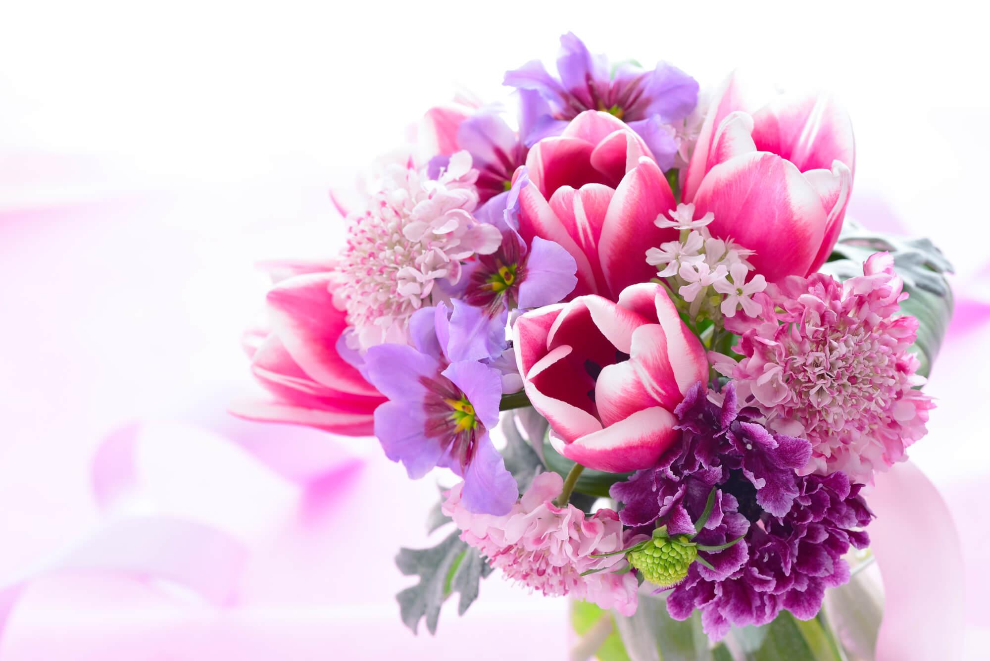 花瓶に飾るだけじゃない。誕生花の楽しみ方3選