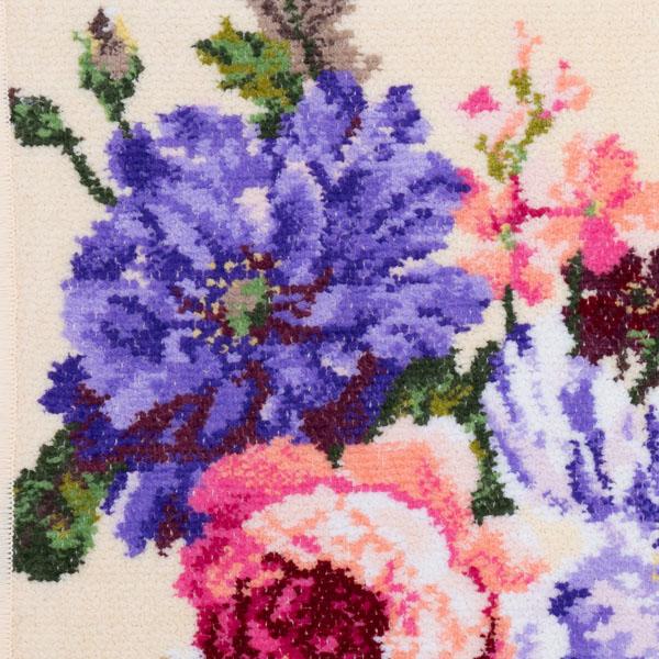 10種類以上の花々がモチーフ