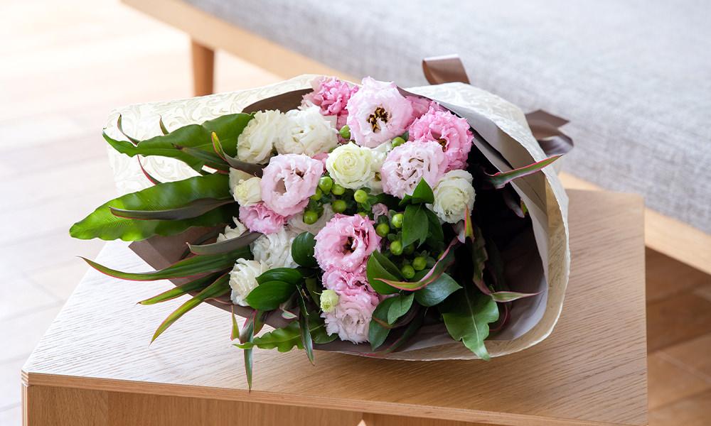2色トルコキキョウの花束(商品番号:511988)¥8,800(+手数料550円)