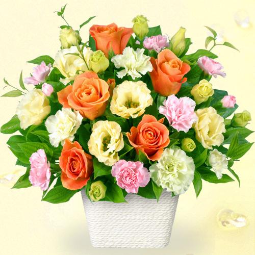 【誕生日フラワーギフト・トルコキキョウ】オレンジバラのアレンジメント