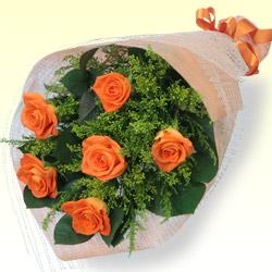 【お祝い】オレンジバラの花束