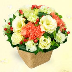 【誕生日フラワーギフト】トルコキキョウのアレンジメント