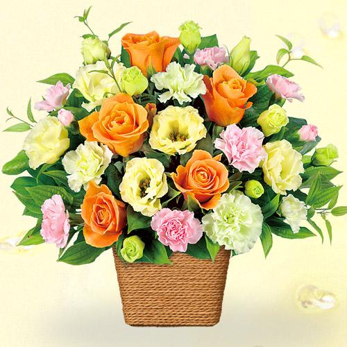 【誕生日フラワーギフト・トルコキキョウ】バラとトルコキキョウのアレンジメント