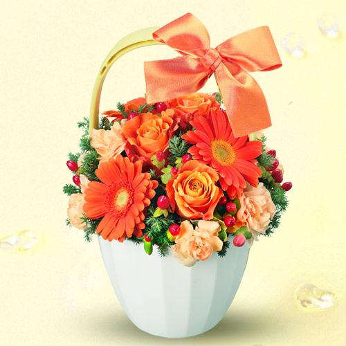 【退職祝い】オレンジガーベラとバラのアレンジメント