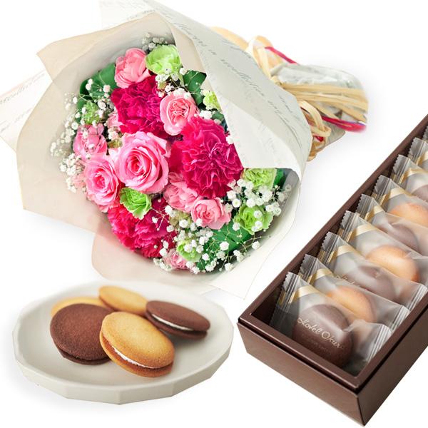 【母の日】ティーブーケと【ホテルオークラ】ビスキュイ・サンド b14521295 |花キューピットの2019母の日プレゼント特集