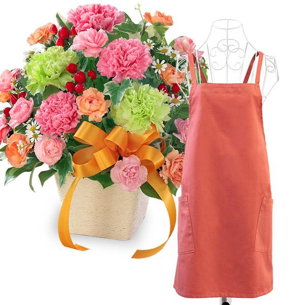 カーネーションのミックスアレンジメントと母の日ギフト エプロン(巾着付き) i10521319 |花キューピットの2021母の日セット
