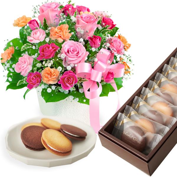 【母の日 スイーツ&グルメセット】ピンクリボンのアレンジメントと【ホテルオークラ】ビスキュイ・サンド