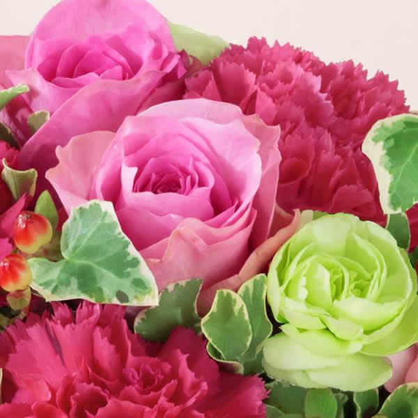 【母の日ギフト】リスペクト(ピンク)母の日に彩りを添える可愛らしいアレンジメント