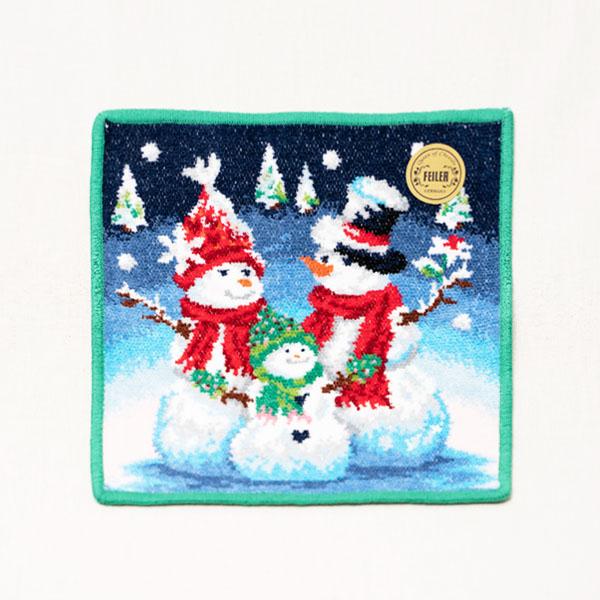 可愛らしい雪だるまの家族がモチーフ