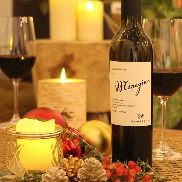手作業で丁寧に造られるワイン