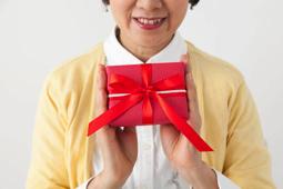 いつまで贈る?プレゼント|母の日 コラム
