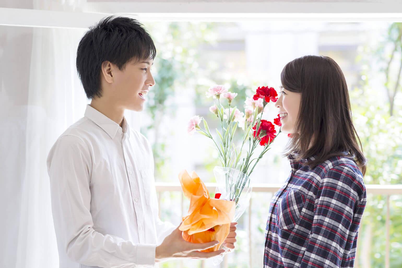 迷ったら、12本の花束で贈るのもおすすめ
